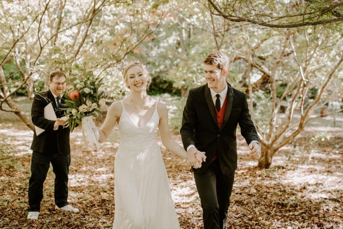 mt-wilson-blue-mountains-elopement-wedding-destination-packages-coronavirus-intimate-outdoor-autumn-fall-gardens-married-hayleyrafton-elope-australia-sydney