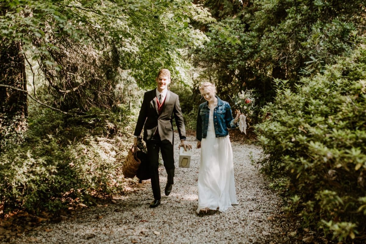 mt-wilson-blue-mountains-elopement-wedding-destination-packages-coronavirus-intimate-outdoor-autumn-fall-laid-back-gardens-hayleyrafton-bride-groom