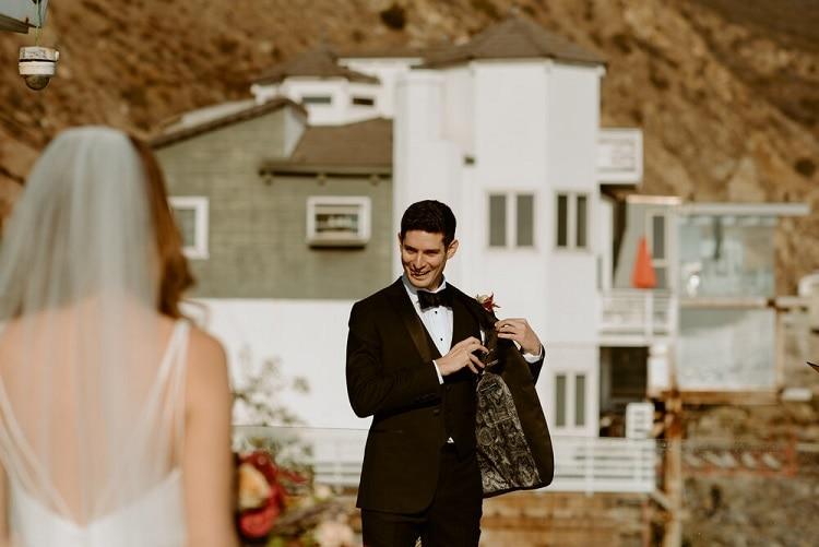 nicole14-jamie-carrie-rogers-photography-malibu-intimate-beach-elopement-california-destination-wedding-outdoor-coast-ceremony