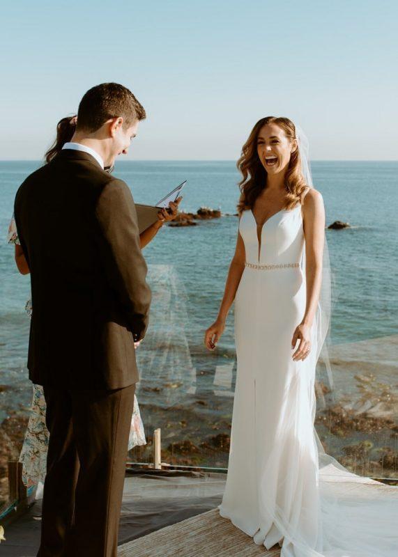 nicole20-jamie-carrie-rogers-photography-malibu-intimate-beach-elopement-california-destination-wedding-outdoor-coast-airbnb