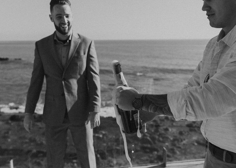 nicole31-jamie-carrie-rogers-photography-malibu-intimate-beach-elopement-california-destination-wedding-outdoor-coast-airbnb