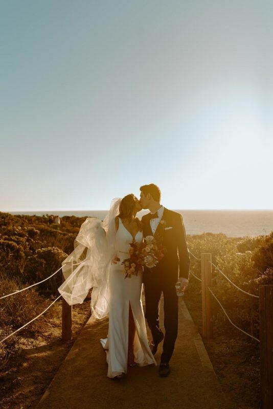 nicole45-jamie-carrie-rogers-photography-malibu-intimate-beach-elopement-california-destination-wedding-coast-airbnb