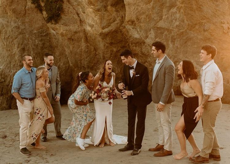 nicole48-jamie-carrie-rogers-photography-malibu-intimate-beach-elopement-california-destination-wedding-outdoor-coast-airbnb