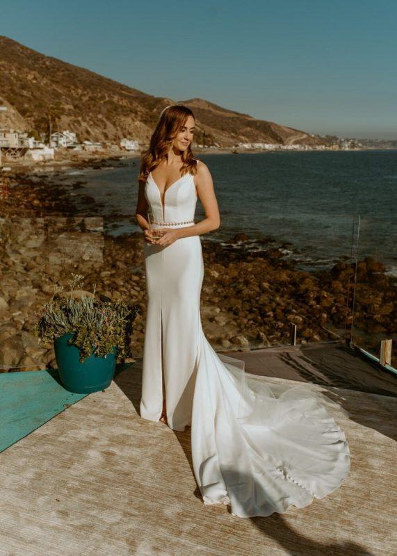 nicole56-jamie-carrie-rogers-photography-malibu-intimate-beach-elopement-california-destination-wedding-outdoor-coast-ceremony