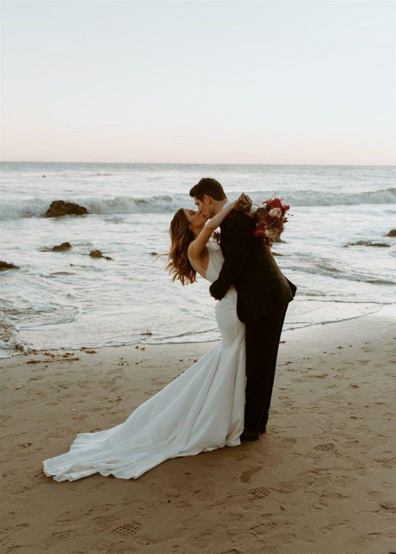 nicole60-jamie-carrie-rogers-photography-malibu-intimate-beach-elopement-california-destination-wedding-outdoor-coast-ceremony