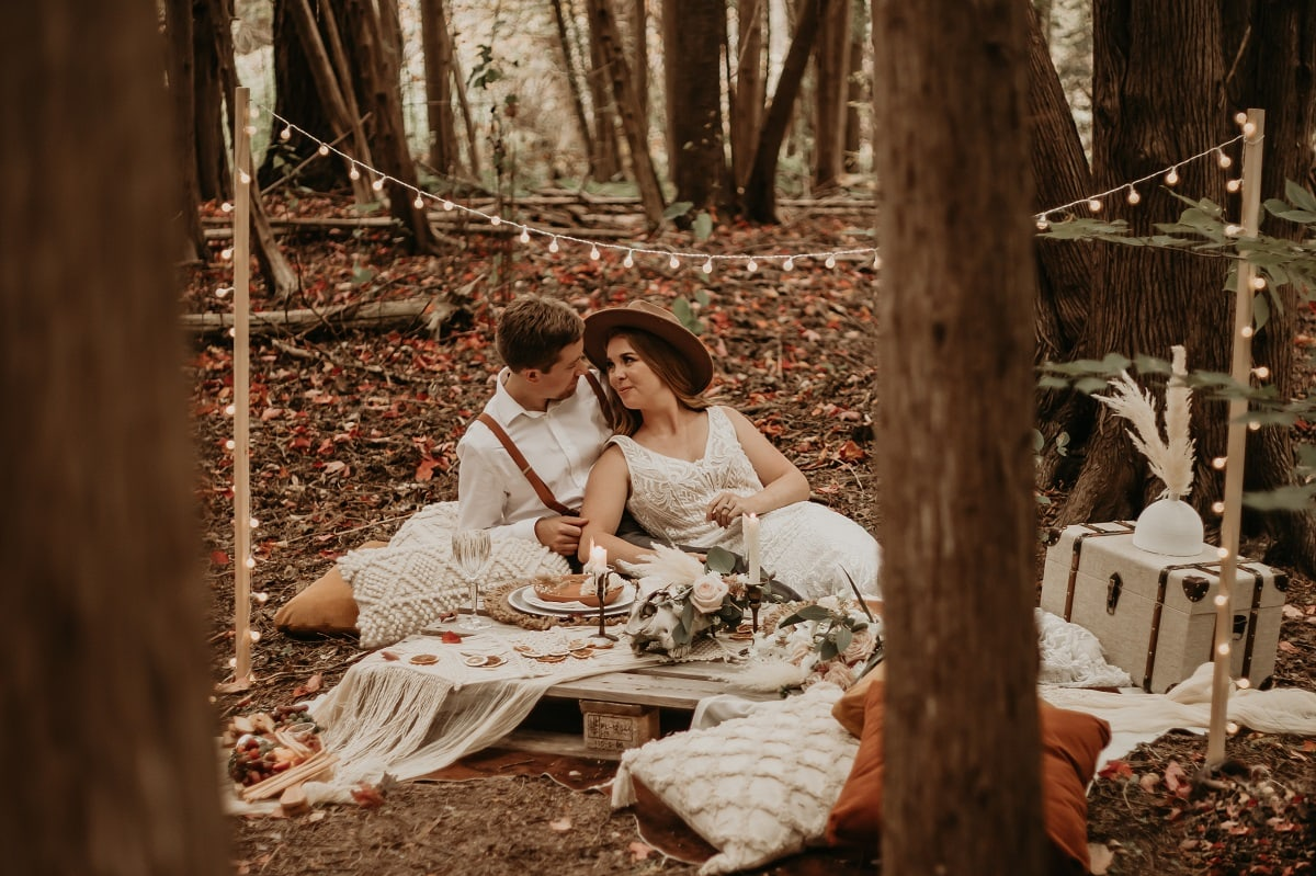 sarah-martin-photo-autumn-elopement-inspiration-boho-outdoor-destination-wedding-elope-micro23