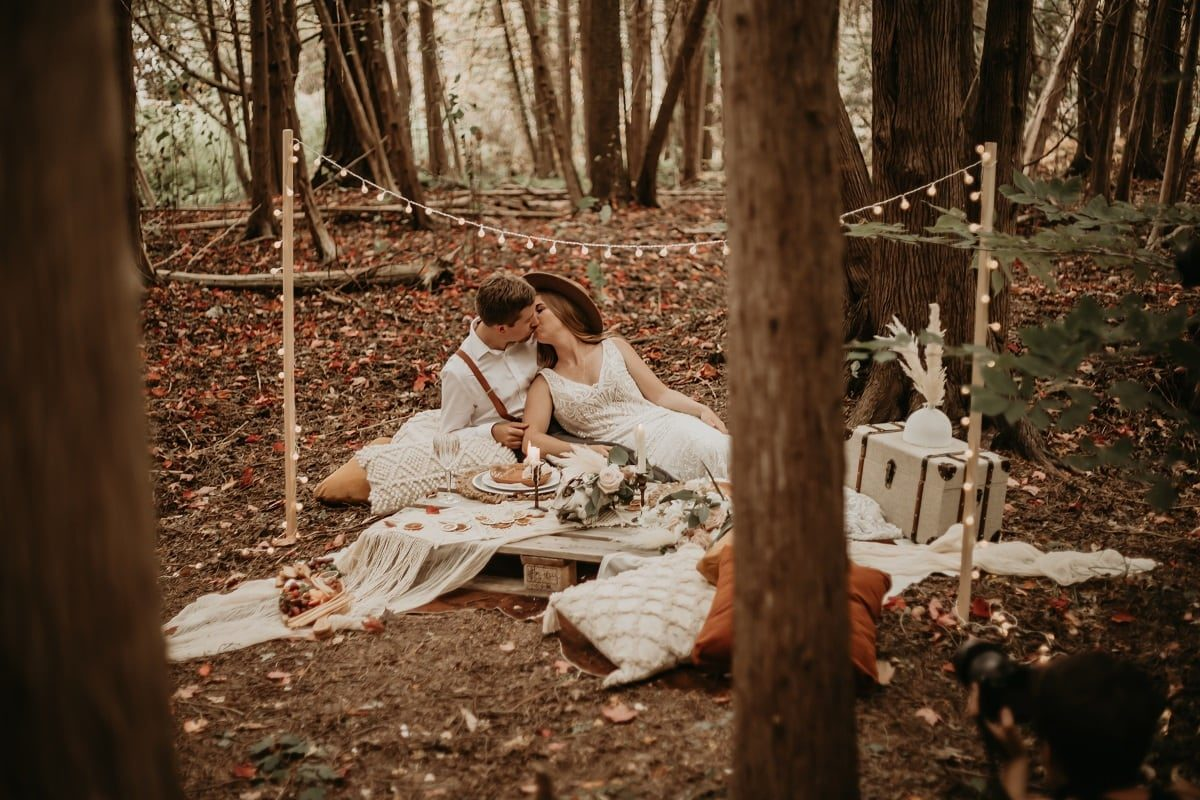 sarah-martin-photo-autumn-elopement-inspiration-boho-outdoor-destination-wedding-elope-micro24