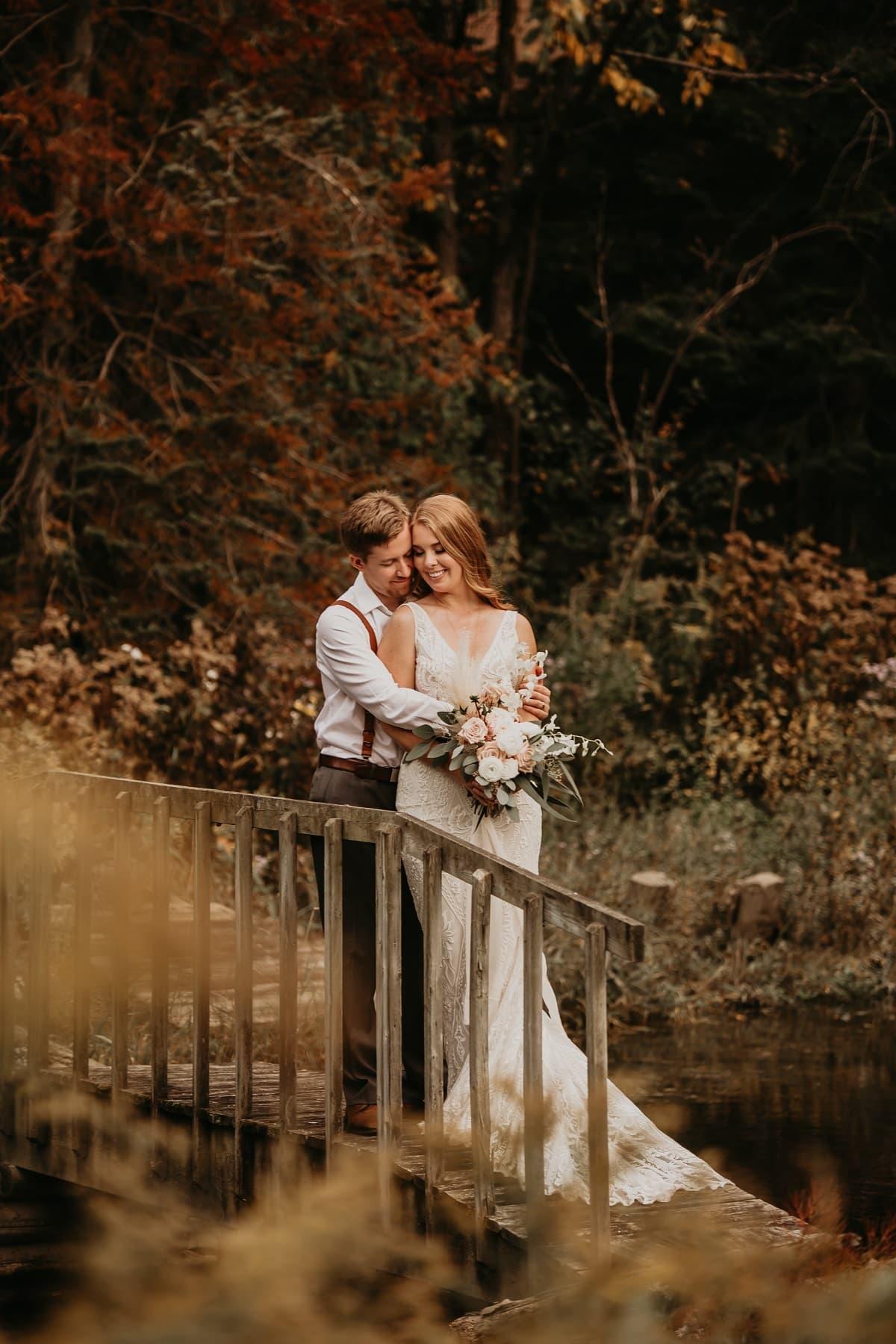sarah-martin-photo-autumn-elopement-inspiration-boho-outdoor-destination-wedding-elope-micro3