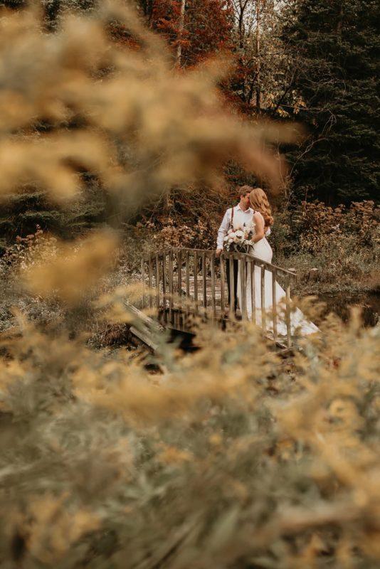 sarah-martin-photo-autumn-elopement-inspiration-boho-outdoor-destination-wedding-elope-micro37