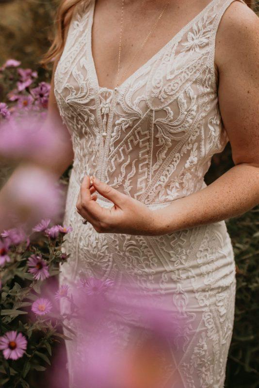 lace-dress-sarah-martin-photo-autumn-elopement-inspiration-boho-outdoor-destination-wedding-elope-micro62