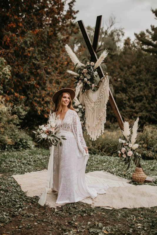 a-frame-bouquet-flowers-sarah-martin-photo-autumn-elopement-inspiration-boho-outdoor-destination-wedding-elope-micro66