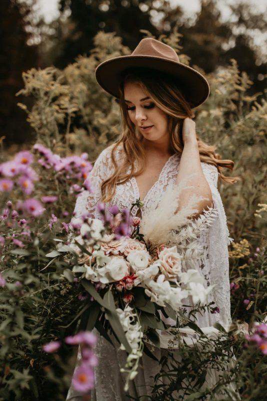 foliage-dress-flowers-relaxed-sarah-martin-photo-autumn-elopement-inspiration-boho-outdoor-destination-wedding-elope-micro68