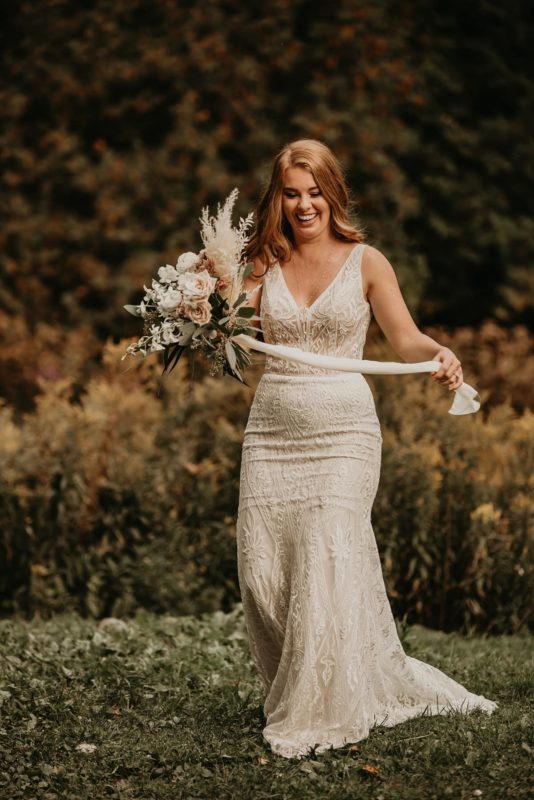 sarah-martin-photo-autumn-elopement-inspiration-boho-outdoor-destination-wedding-elope-micro7