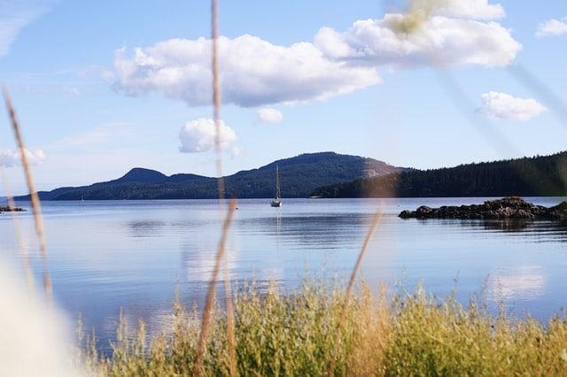sydney-angove-best-places-to-elope-washington-san-juan-islands-elopement-outdoor-mountain-adventure