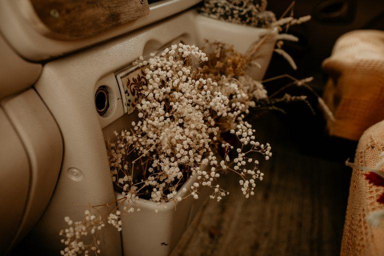 unfurl11-photography-lake-district-van-life-elopement-wedding-countryside-elope-boho-inspiration-hip-adventure-outdoor-england-jip-flower