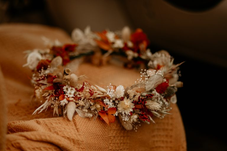 unfurl13-photography-lake-district-van-life-elopement-wedding-countryside-elope-boho-inspiration-hip-adventure-outdoor-england-flower-crown