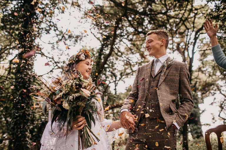 unfurl14-photography-woodland-elopement-wedding-inspiration-outdoor-enchanted-forest-intimate-ceremony-elope-boho-floral-confetti-just-married