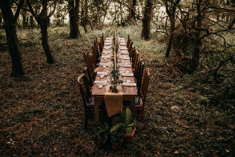 unfurl15-photography-woodland-elopement-wedding-inspiration-outdoor-enchanted-forest-intimate-ceremony-elope-boho-dining-set-up