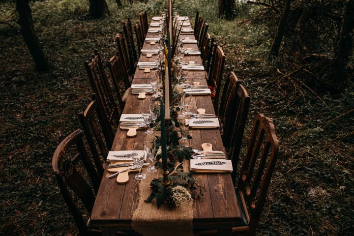 unfurl16-photography-woodland-elopement-wedding-inspiration-outdoor-enchanted-forest-intimate-ceremony-elope-boho-dining