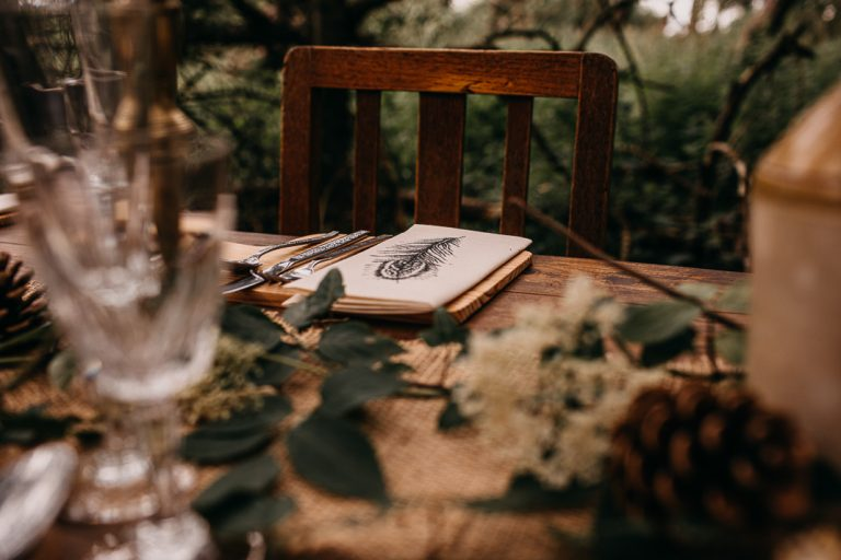 unfurl18-photography-woodland-elopement-wedding-inspiration-outdoor-enchanted-forest-intimate-ceremony-elope-boho-table-decor