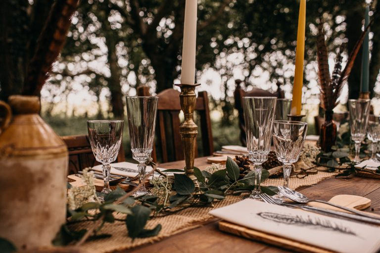 unfurl19-photography-woodland-elopement-wedding-inspiration-outdoor-enchanted-forest-intimate-ceremony-elope-boho-table-setting-ideas