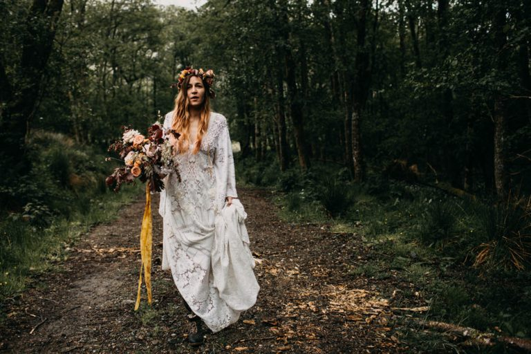 unfurl32-photography-glencoe-elopement-wedding-inspiration-outdoor-mountains-scottish-highlands-intimate-ceremony-elope-boho-bride-boots