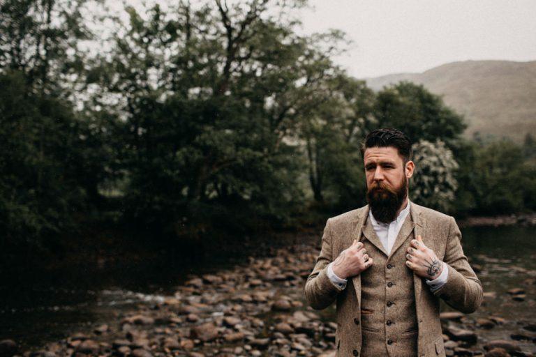 unfurl35-photography-glencoe-elopement-wedding-inspiration-outdoor-mountains-scottish-highlands-intimate-ceremony-elope-boho-groom