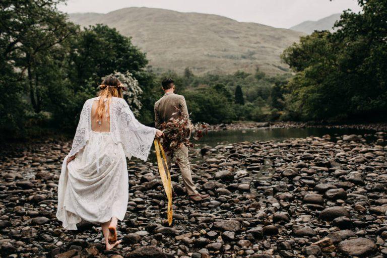 unfurl37-photography-glencoe-elopement-wedding-inspiration-outdoor-mountains-scottish-highlands-intimate-ceremony-elope-boho-bride-groom
