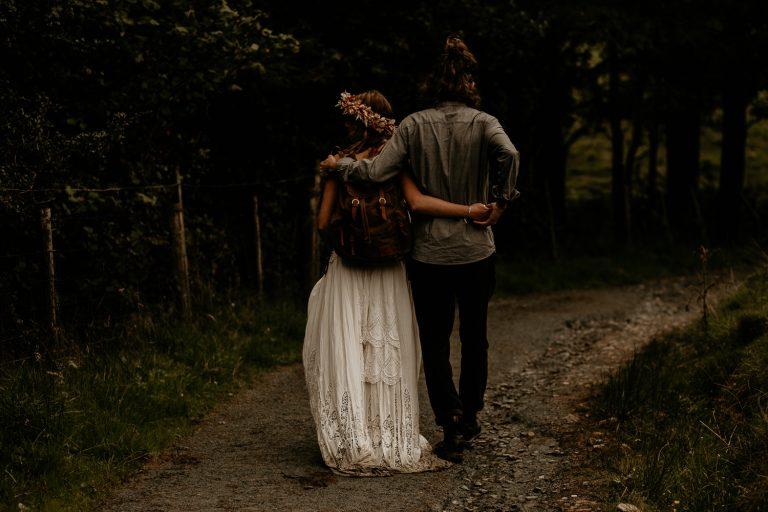 unfurl37-photography-lake-district-van-life-elopement-wedding-countryside-elope-boho-inspiration-hip-adventure-outdoor-england-hike-trail-journey