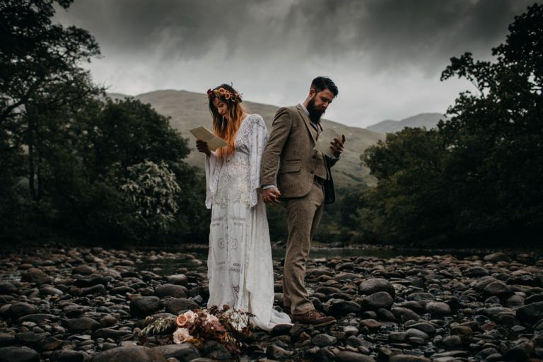 unfurl38-photography-glencoe-elopement-wedding-inspiration-outdoor-mountains-scottish-highlands-intimate-ceremony-elope-boho-vows-love