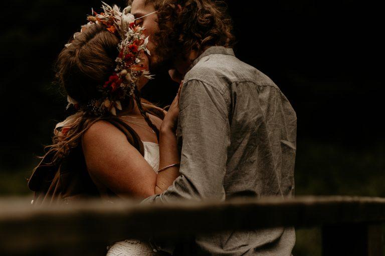 unfurl46-photography-lake-district-van-life-elopement-wedding-countryside-elope-boho-inspiration-hip-adventure-outdoor-england-bridge-kiss