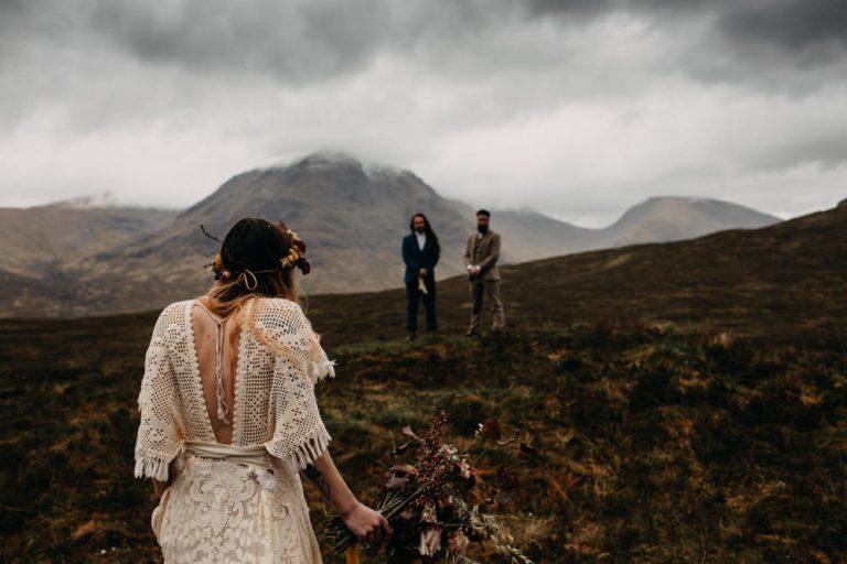 unfurl47-photography-glencoe-elopement-wedding-inspiration-outdoor-mountains-scottish-highlands-intimate-ceremony-elope-boho-aisle