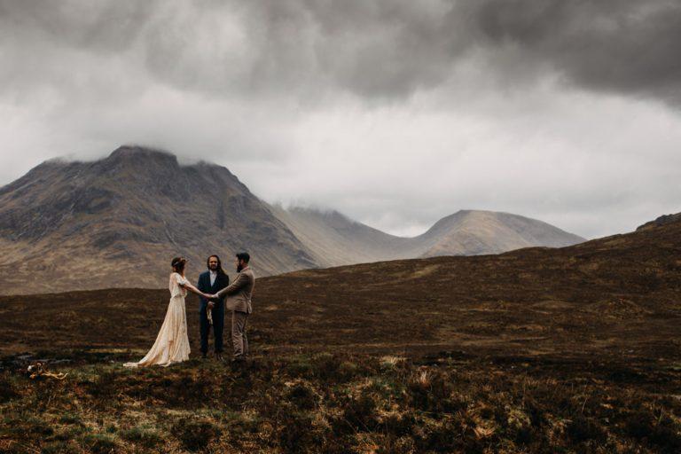 unfurl49-photography-glencoe-elopement-wedding-inspiration-outdoor-mountains-scottish-highlands-intimate-ceremony-elope-boho-humanist