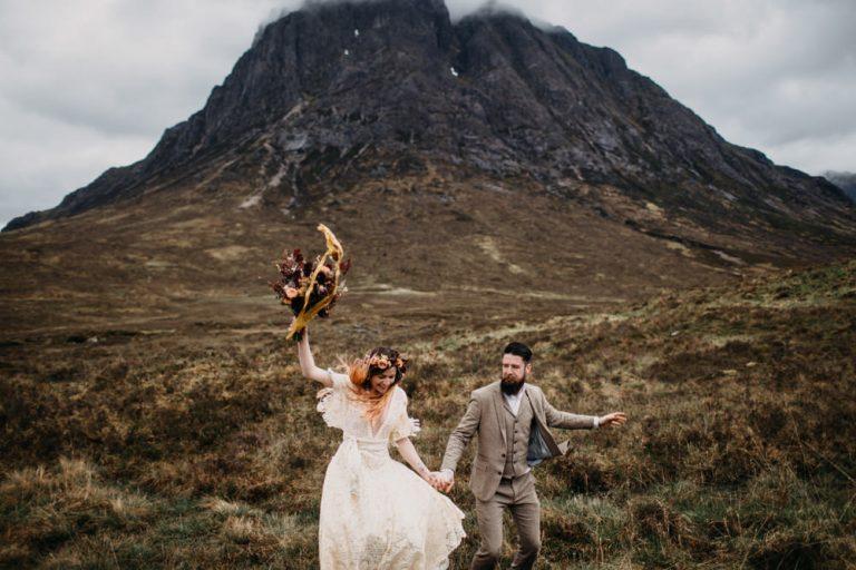 unfurl56-photography-glencoe-elopement-wedding-inspiration-outdoor-mountains-scottish-highlands-intimate-ceremony-elope-boho-celebrate