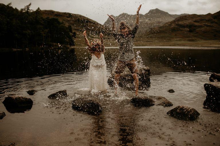 unfurl69-photography-lake-district-van-life-elopement-wedding-countryside-elope-boho-inspiration-hip-adventure-outdoor-england-splash-fun-water