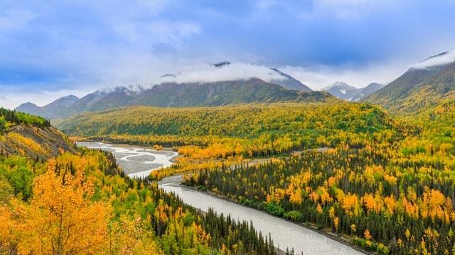 chugach mountain adventure elopement photographer in anchorage alaska | Destination Wedding