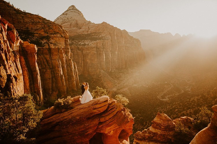 zion-national-park-elopement-allison-slater-photography-adventure-wedding-love
